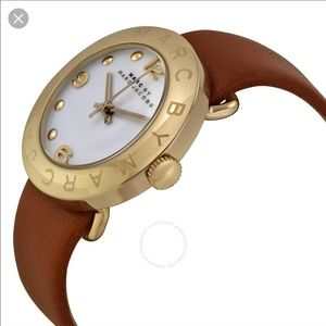Marc Jacobs Gold Leather Brown Watch w/box